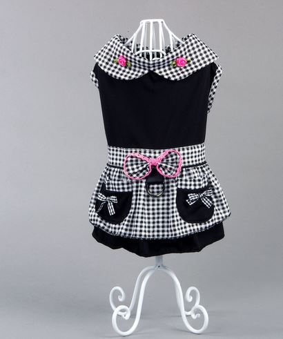 Elegant_black_dog_dress
