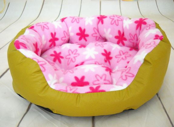 Lovely_flover_printed_dog_bed