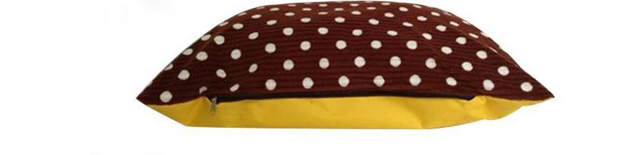 brown_polka_dot_dog_bed3