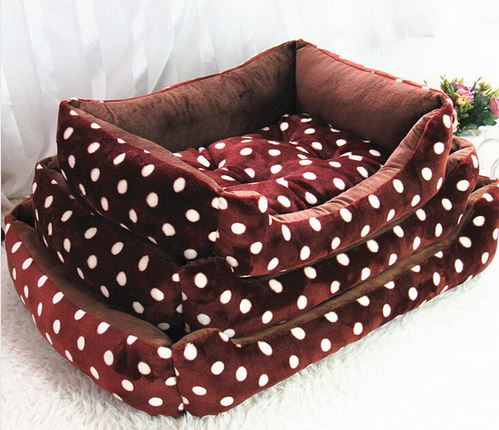 Cozy Polka Dot Dog Bed
