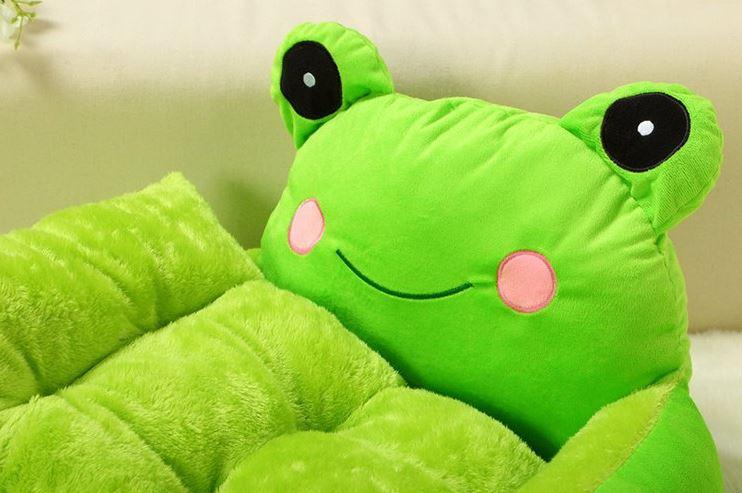 frog_dog_bed3