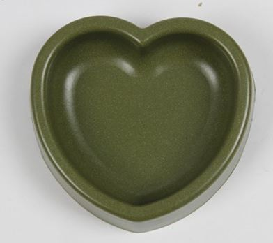 heart_shape_dog_bowl_green