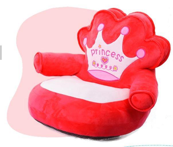 princess_dog_sofa_red