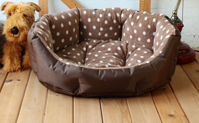 soft_polka_dot_dog_bed_brown